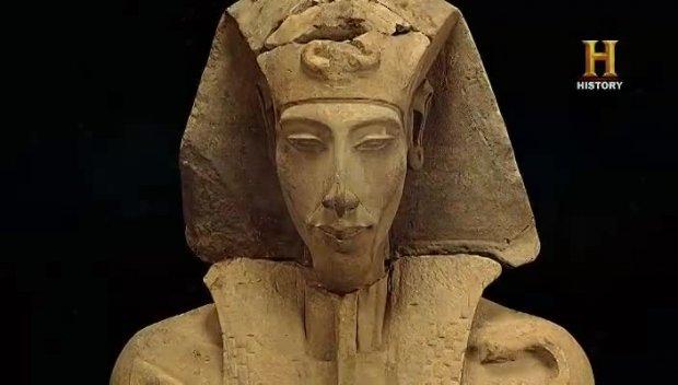 S10E05 Ancient Aliens - Der Fluch der Pharaonen